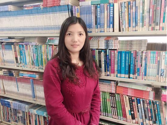 """远东学院教职工""""十佳标兵""""候选人——李春燕"""