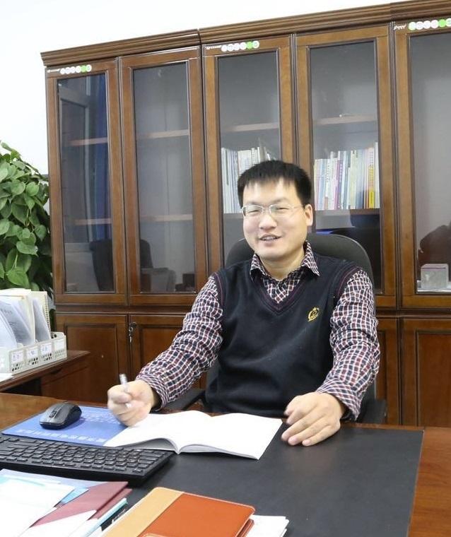 副院长——李桂成